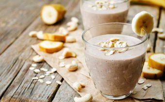 Простые рецепты банановых смузи с овсянкой