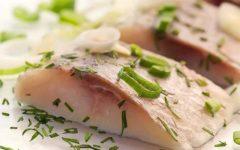 ПП-рецепты домашней быстрой засолки сельди
