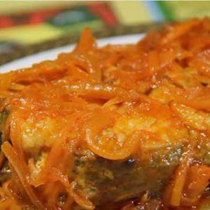 Рецепты диетической запеченной в духовке под овощами рыбы