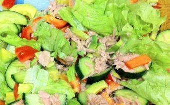 Диетические и очень вкусные пп-салаты с тунцом: топ-5 рецептов