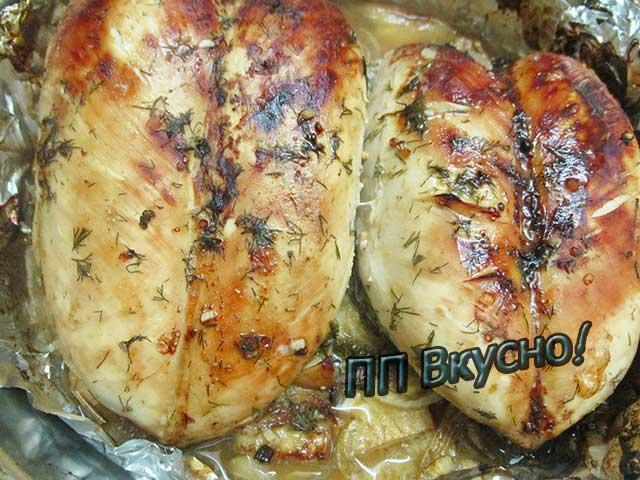 Будем готовить легкое, низкокалорийное блюдо из курицы, с сыром и сладким перцем.