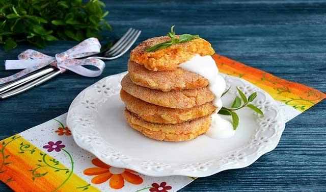 Диетические сырники из творога на сковороде - рецепт пошаговый с фото